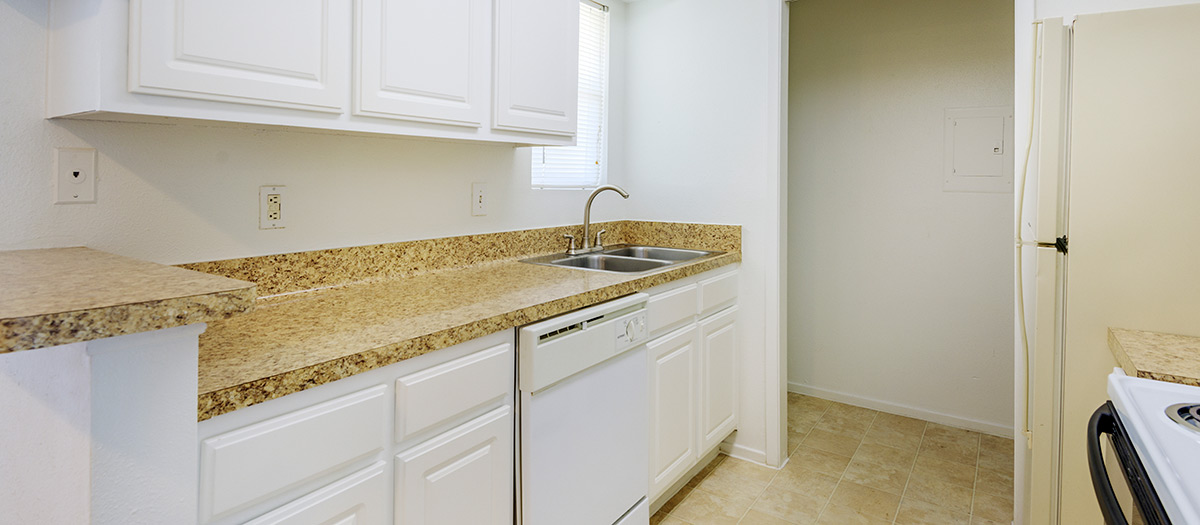 Kitchen at Listing #138654