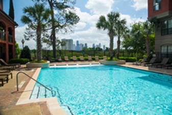 Pool at Listing #140119