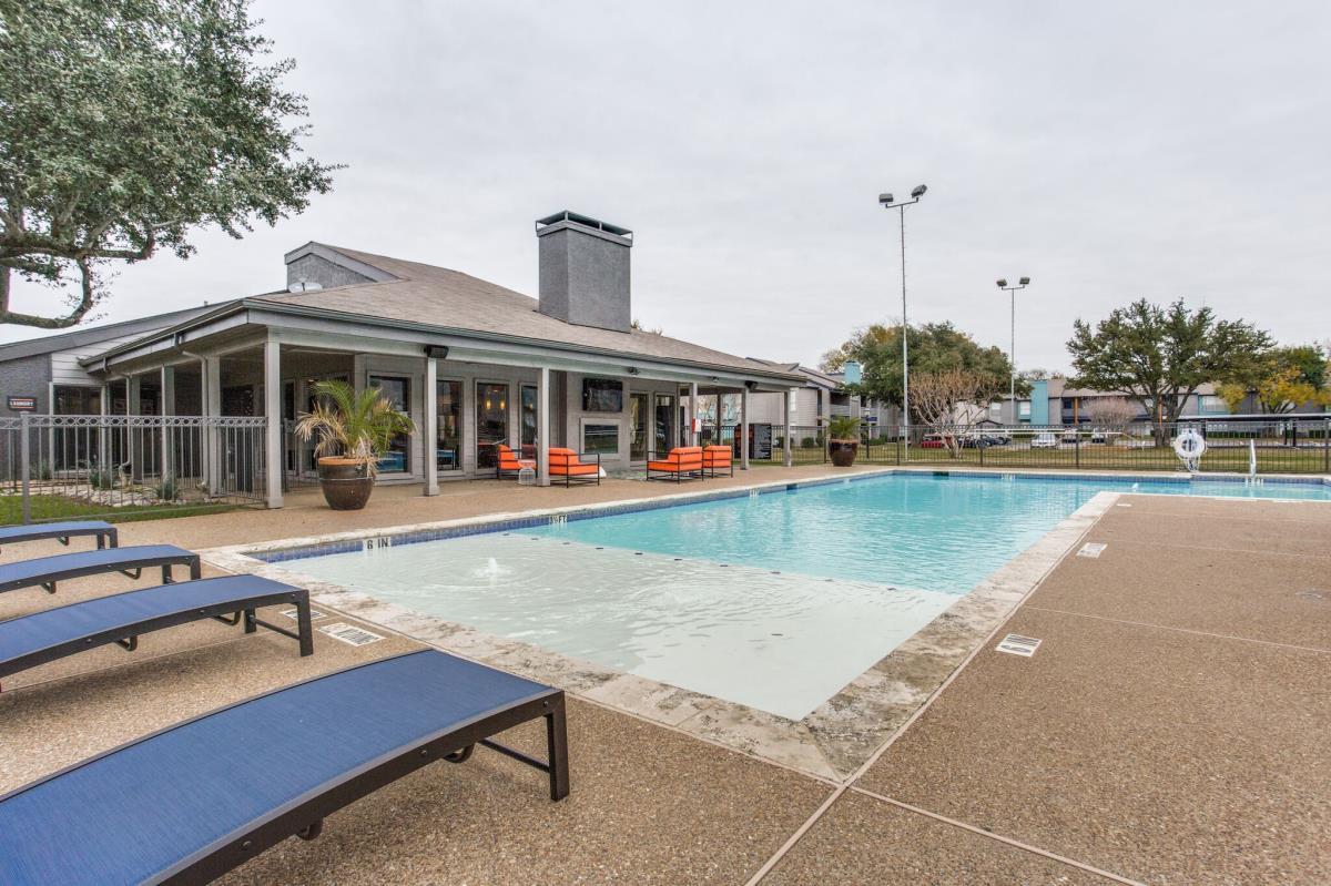 Pool at Listing #136731