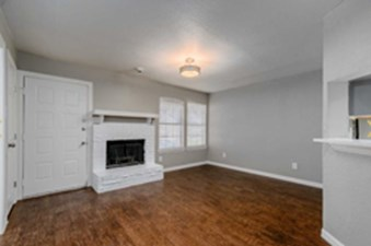 Living at Listing #136216