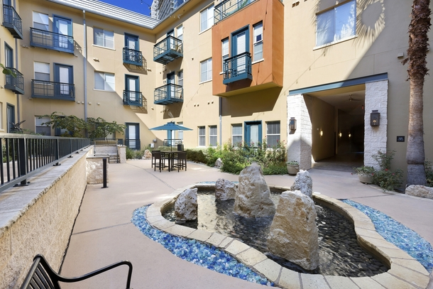 Courtyard at Listing #140794