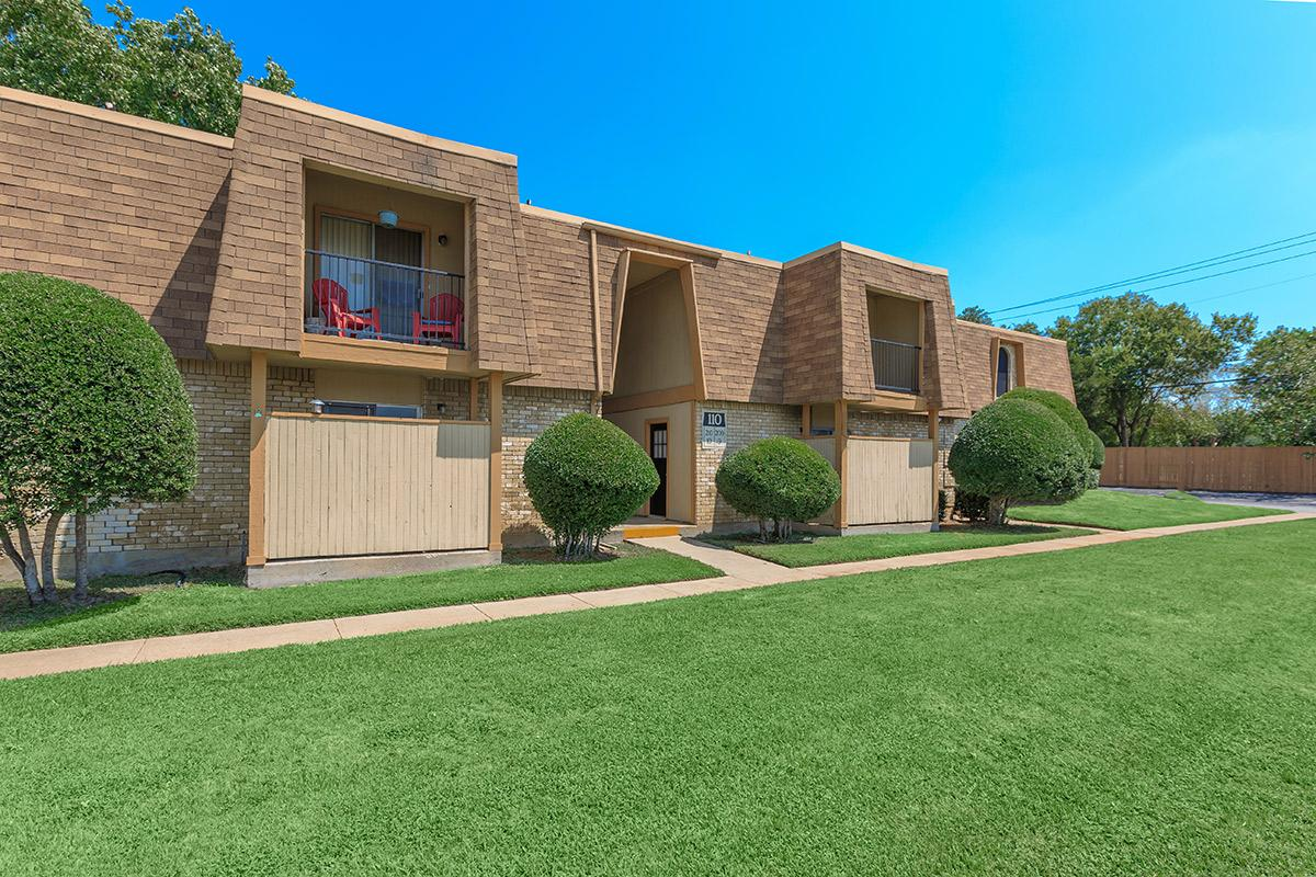 Exterior at Listing #136924