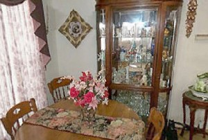 Dining Area at Listing #144597