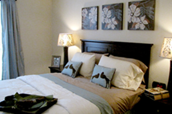 Bedroom at Listing #139380