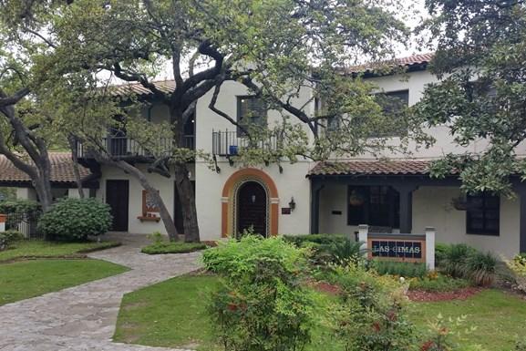 Las Cimas Apartments