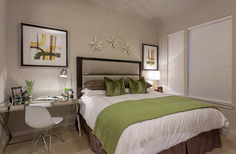 Bedroom at Listing #233766
