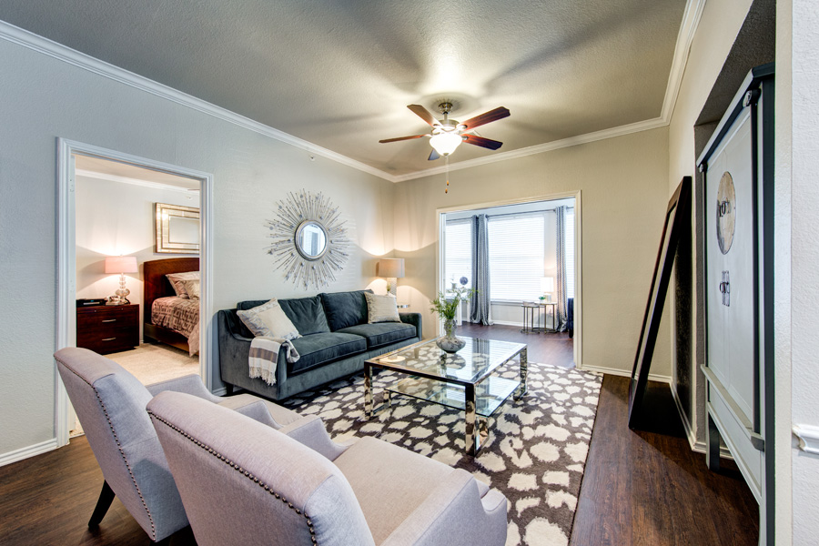 Living at Listing #137810