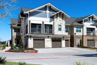 Exterior at Listing #304881