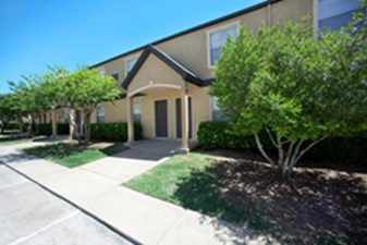 Exterior at Listing #135767