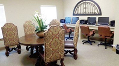 Business Center at Listing #236576