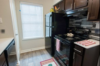 Kitchen at Listing #139094