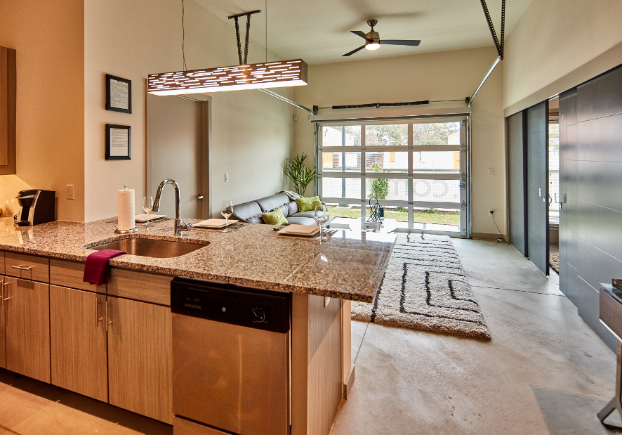 Living/Kitchen at Listing #287205