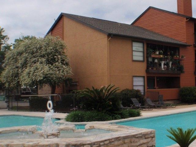 Iron Horse Valley Apartments San Antonio TX