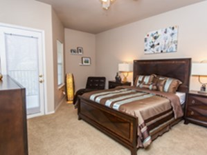 Bedroom at Listing #140604