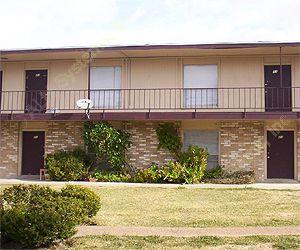 Stone Manor Apartments , TX
