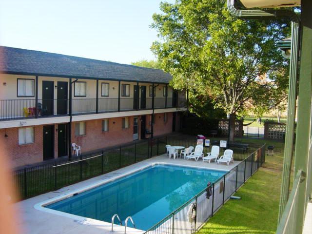 Pool at Listing #137499