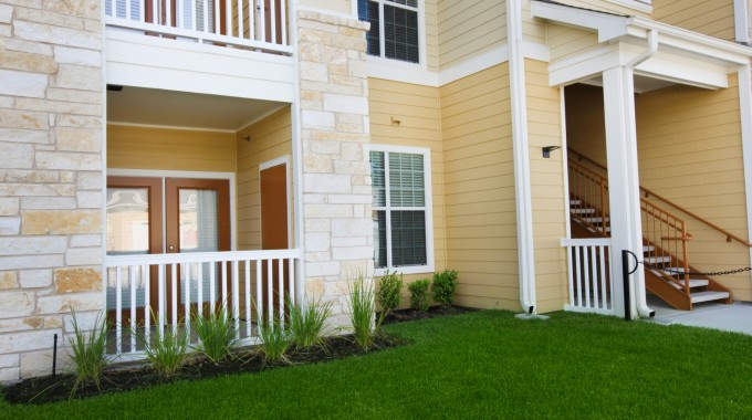 Exterior at Listing #235631