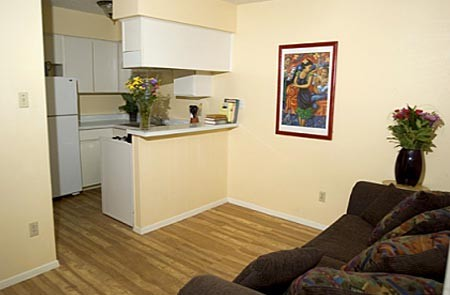 Dining at Listing #140187