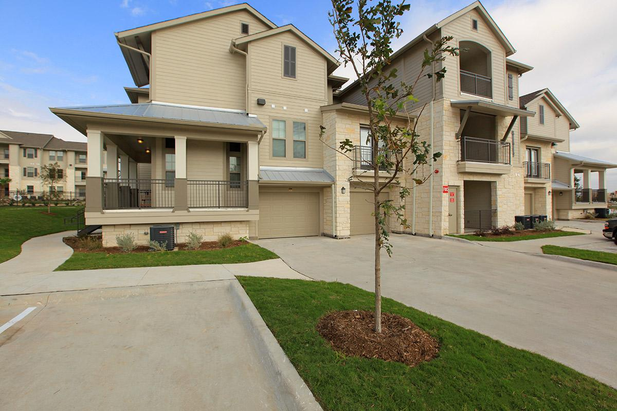 Exterior at Listing #253982