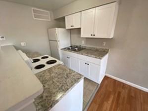 Kitchen at Listing #307307