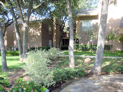 Exterior at Listing #137522