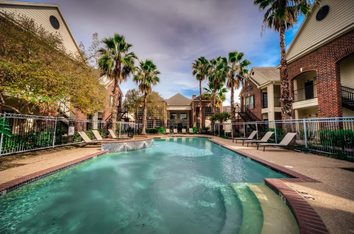 Pool at Listing #138631