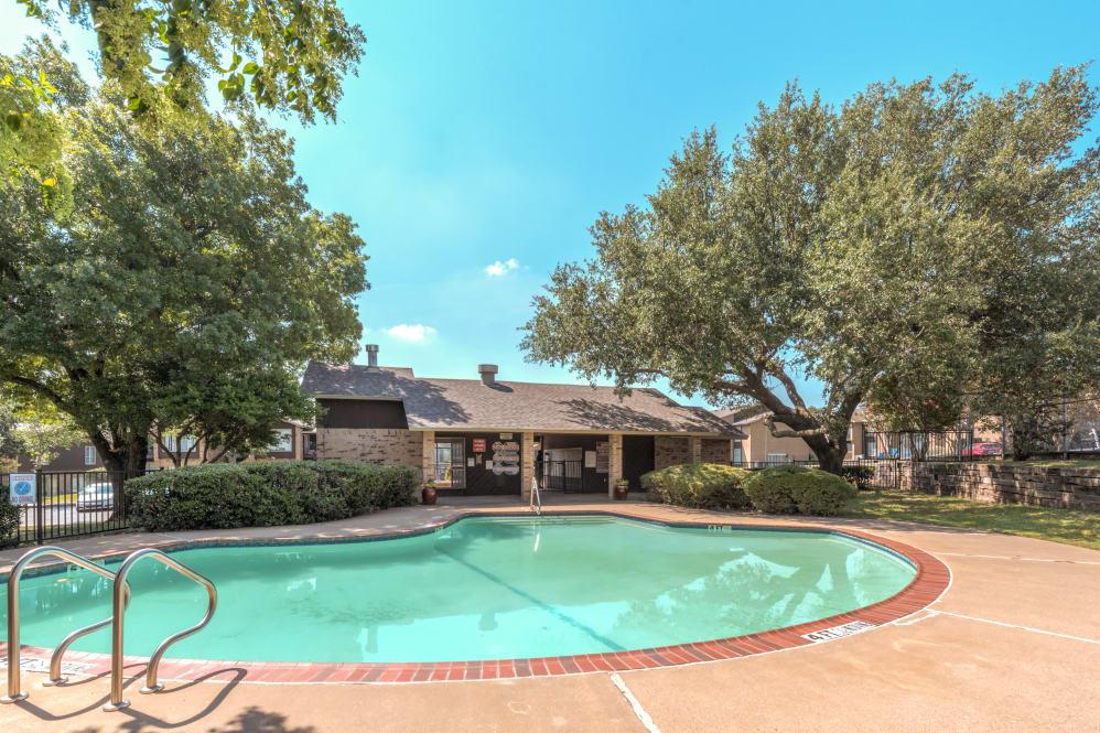 Pool at Listing #137136