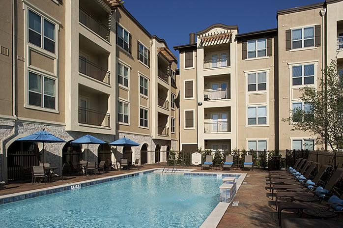 Pool at Listing #137539