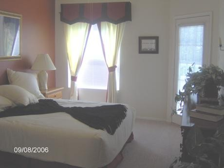 Bedroom at Listing #140173