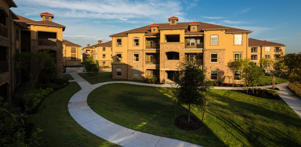 District at Westborough Apartments , TX