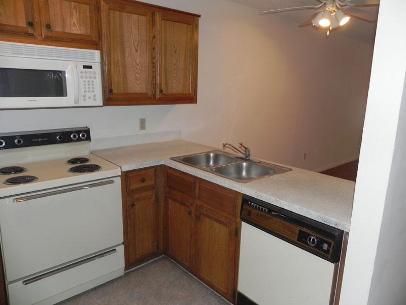 Kitchen at Listing #137643