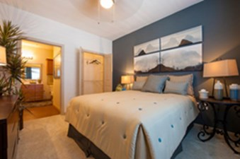 Bedroom at Listing #153249