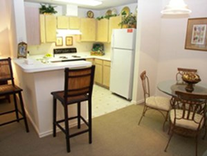 Dining/Kitchen at Listing #139317