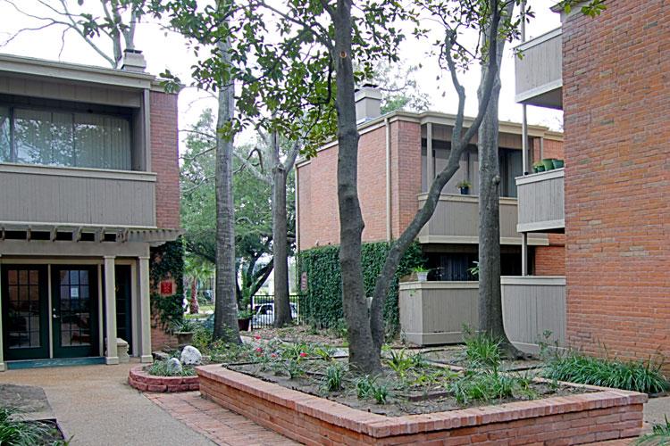 Bay House Apartments Houston TX