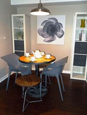 Dining at Listing #140562