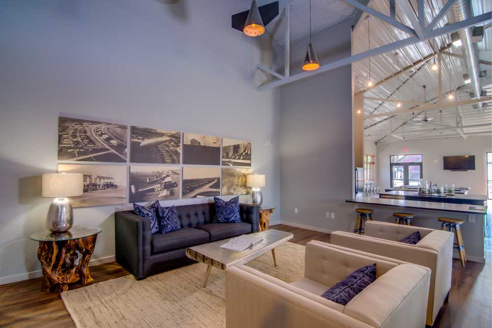 Lounge at Listing #259756