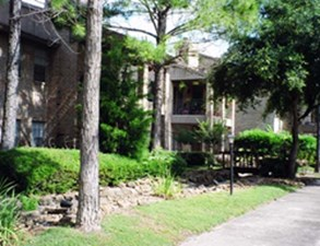 Exterior at Listing #139586