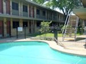 Pool at Listing #213224