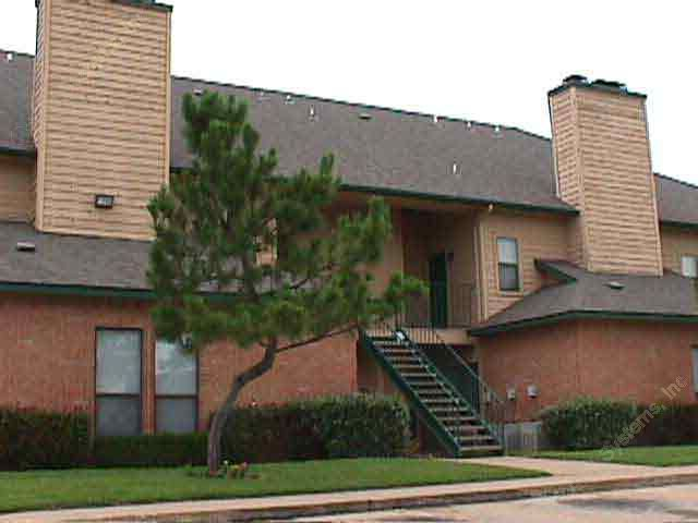 Exterior 5 at Listing #137214