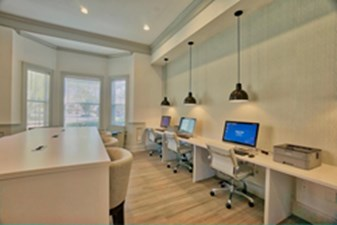 Business Center at Listing #137904