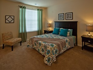 Bedroom at Listing #225346