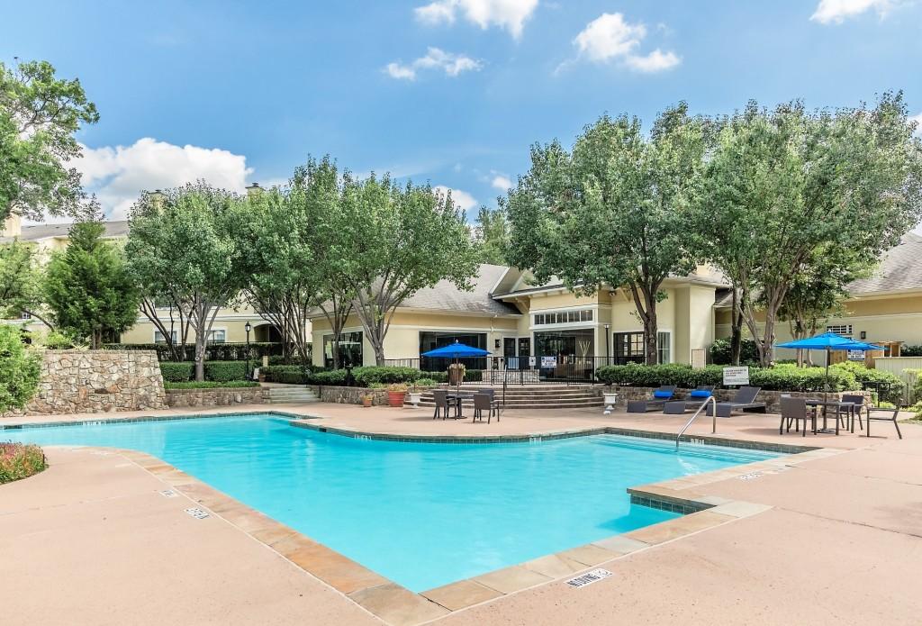Pool at Listing #138037