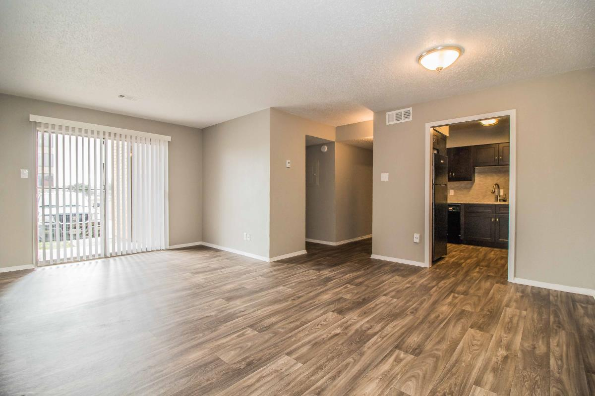 Living at Listing #137923