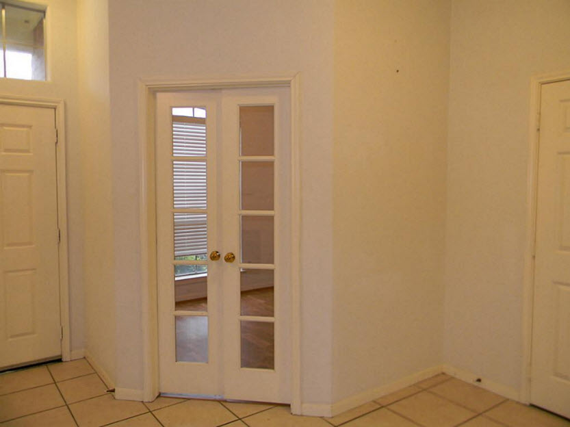 Bedroom at Listing #138711