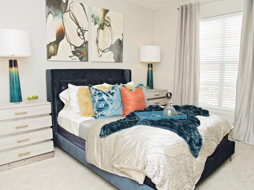 Bedroom at Listing #138180