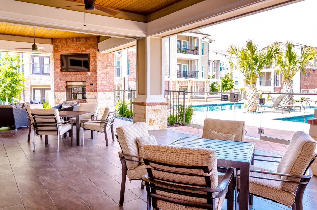 Lounge at Listing #245817