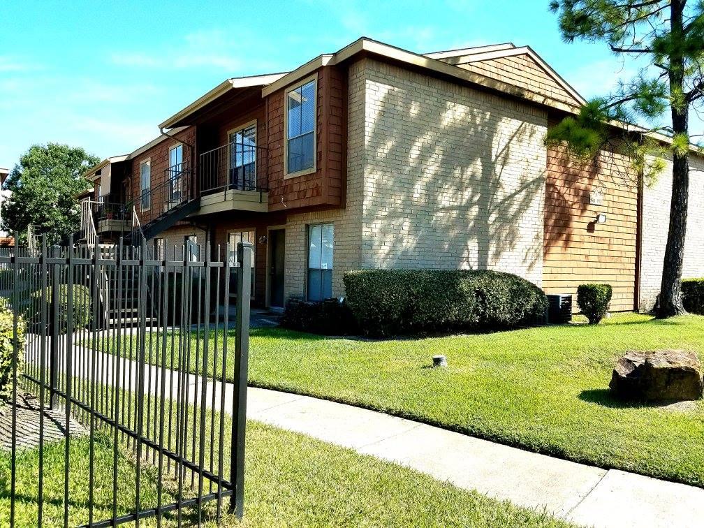 Inwood Grove Apartments Houston TX
