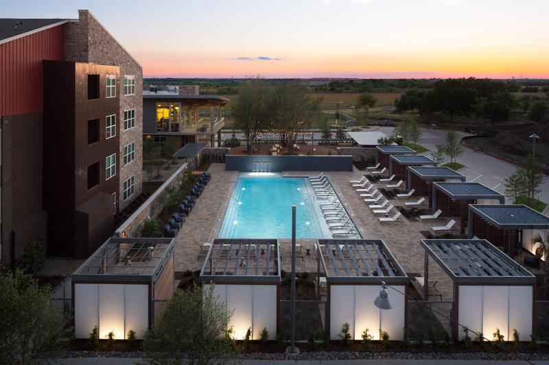 Pool at Listing #261307