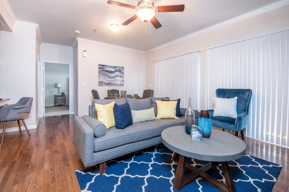 Living at Listing #138040
