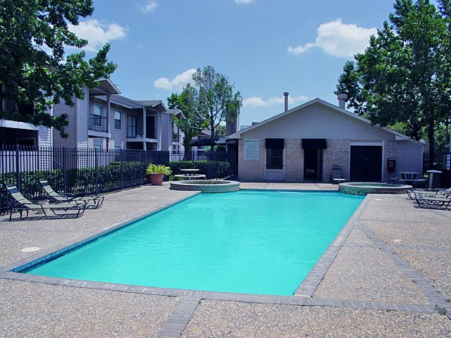 Pool at Listing #138584